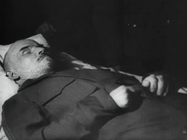 Lenin aufgebahrt